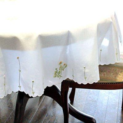 画像2: 【クチュール/ホームリネン】カモミール手刺繍円形テーブルクロス
