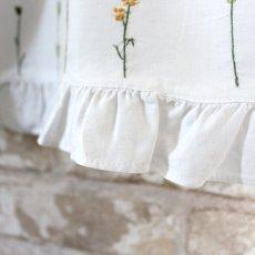 画像4: 【クチュール/子供服】バタフライ&ビー手刺繍ノースリーブスモック*白* (4)