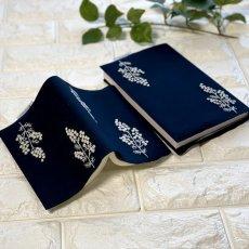 画像1: 手刺繍白ミモザ柄ブックカバー|ネイビー| (1)