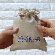 画像3: 手刺繍ブルーディッシュ柄キンチャク(小) (3)