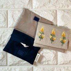 画像3: 【クチュール/雑貨】ミモザ手刺繍ミニティッシュケース&移動ポケット (3)