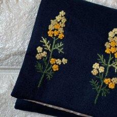 画像2: 【クチュール/雑貨】ミモザ手刺繍ミニティッシュケース&移動ポケット (2)