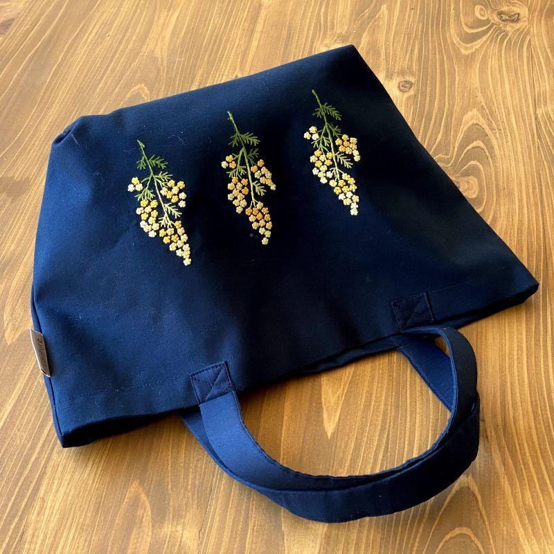 画像1: 【クチュール/バッグ】ミモザ手刺繍デリカバッグ|濃紺| (1)