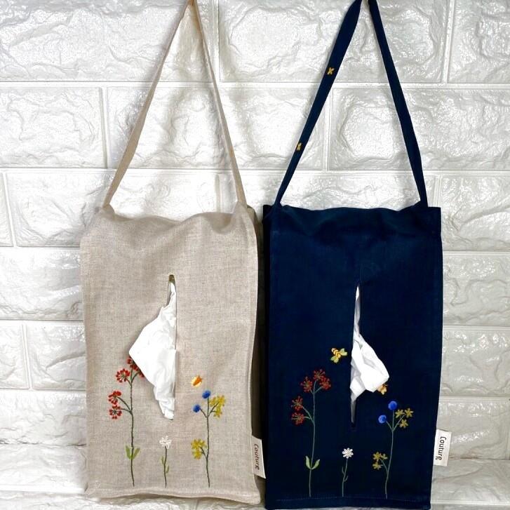 画像1: 【クチュール/雑貨】バタフライ&ビー手刺繍ティッシュ箱ホルダー (1)